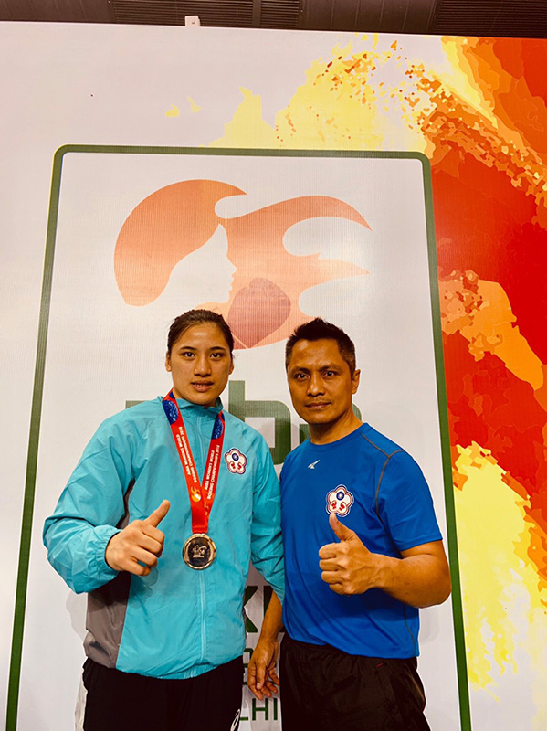 2018 AIBA Women's World Boxing Championship /Instructor Ke Wen-ming and athlete Chen Nien-chin won the 69KG gold medal at 2018 AIBA Women's World Boxing Championship (provided by Chinese Taipei Amateur Boxing Association).